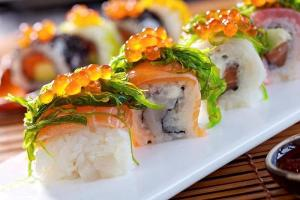 В Петербурге у курьера отобрали суши