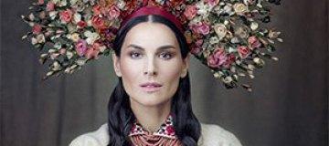 В Киеве звезды презентовали традиционные украинские костюмы