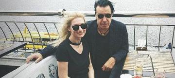 """""""К нам приехал Линдеманн"""": фронтмен Rammstein охотно фотографировался с киевлянами"""