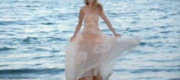 Венеция-2013: фотоколл модели Евы Риккобоно