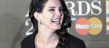 Brit Awards-2013: звезды на красной дорожке