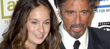 Дочь Аль Пачино лишили водительских прав за пиво и марихуану