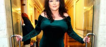 Лолиту Милявскую сняли с поезда в Конотопе