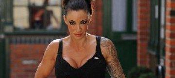 Силиконовая дива Джоди Марш посветила татуировками