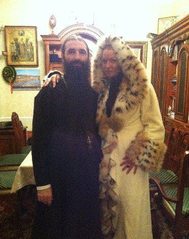 Анастасия Волочкова со своим духовным наставником