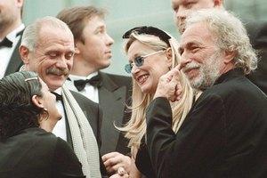 Пьеру Ришару отказали в российское визе