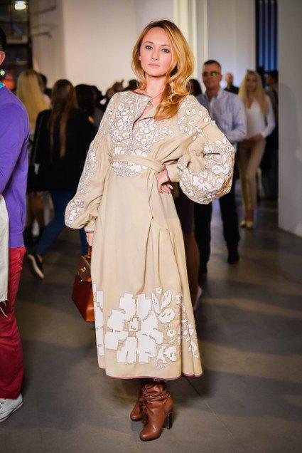А вышиванки дизайнера Юлии Магдыч стоят дороже многих европейских брендов