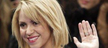Беременная Шакира похвасталась любимым и животиком в соцсетях