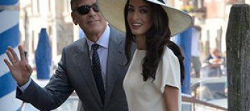 Клуни и Аламуддин провели официальную церемонию бракосочетания