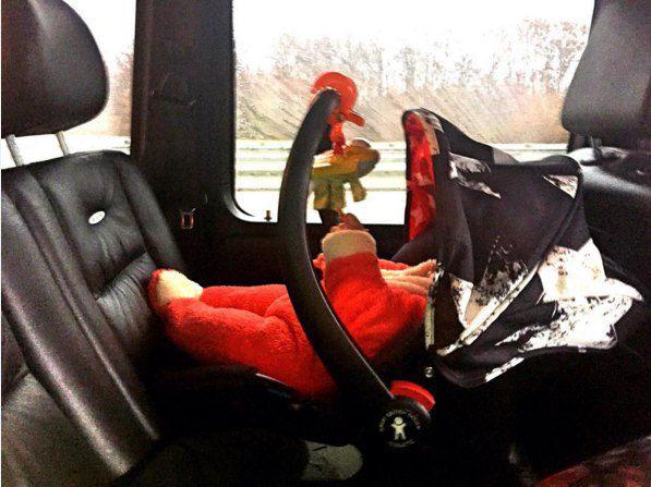 Соломко показала свою малышку в красном комбинезоне