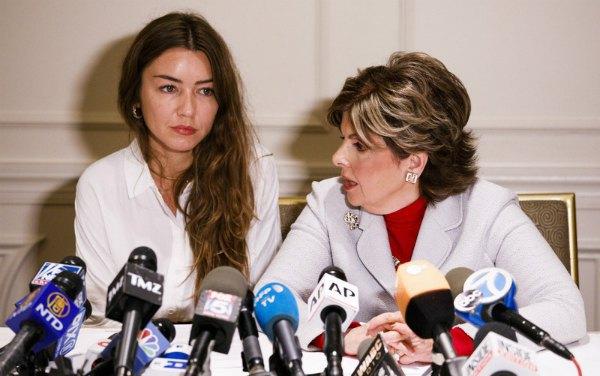 Экс-ассистентка Вайнштейна Мими Халеи на пресс-конференции