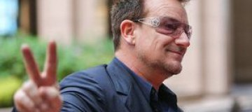 """U2"" посвятили песню экс-президенту Израиля"