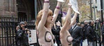 Американское отделение FEMEN поддержало движение Occupy Wall Street