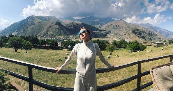 Диджей Настя много путешествует, а вот с мужем в Грузии побывала впервые