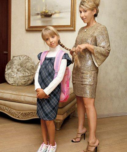 Елена Воробей с дочкой