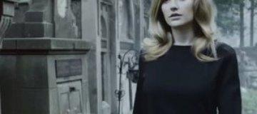 Ева Бушмина прогулялась по кладбищу