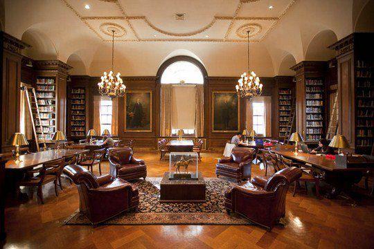 Библиотека Кирби, колледж Лафайет, Истон, штат Пенсильвания, США